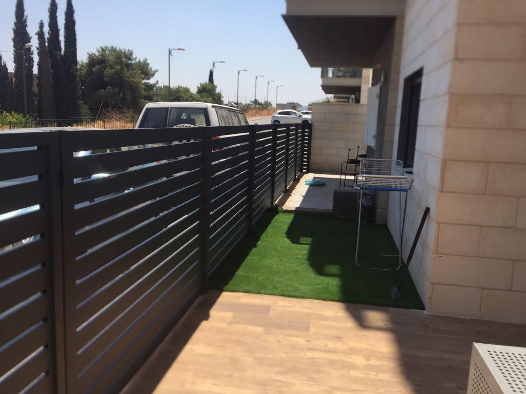 גדר אלומיניום | התקנת גדרות אלומיניום | גדר אלומיניום בחיפה