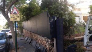 Read more about the article התקנת גדר אלומיניום על גדר קבלן