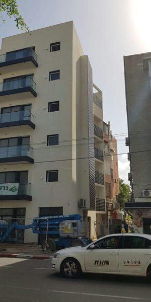 חיפוי מרפסות בתל אביב